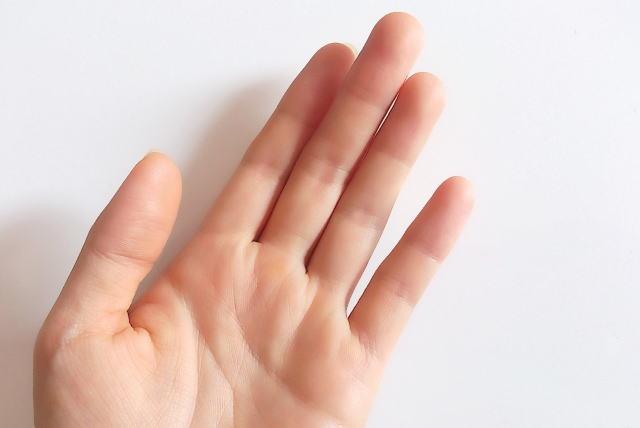 手のしびれ2